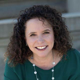 Julie Garrett Cendejas