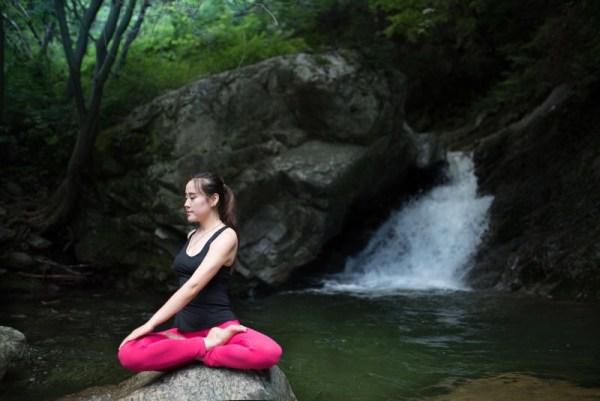 瑜伽体位法练习关键词之一——呼吸