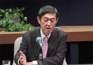 安全保障の整備と積極的平和主義で示す日本の意思